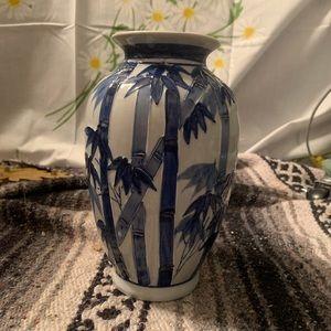 Asian blue white porcelain bamboo chinoiserie vase